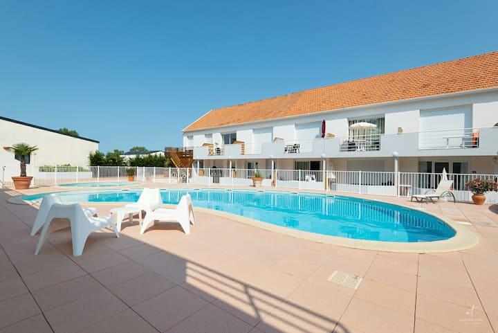Residence privée avec piscine