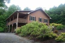 Custom Built Retirement Home with Wonderful Views