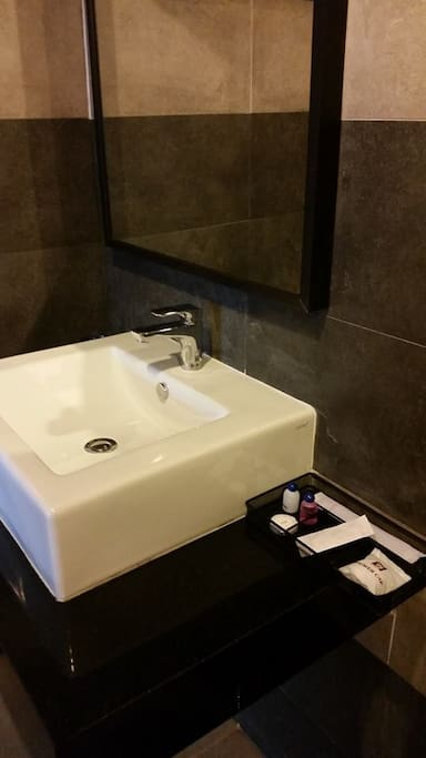 High spec bathrooms with complimentary shampoos and soaps.
