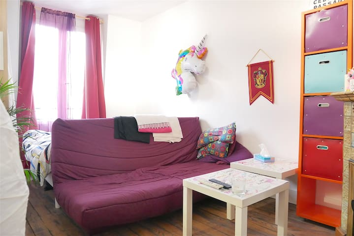 Charming & cozy studio in a nice area