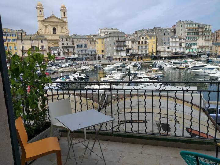 Superbe Appartement Vieux Port de Bastia