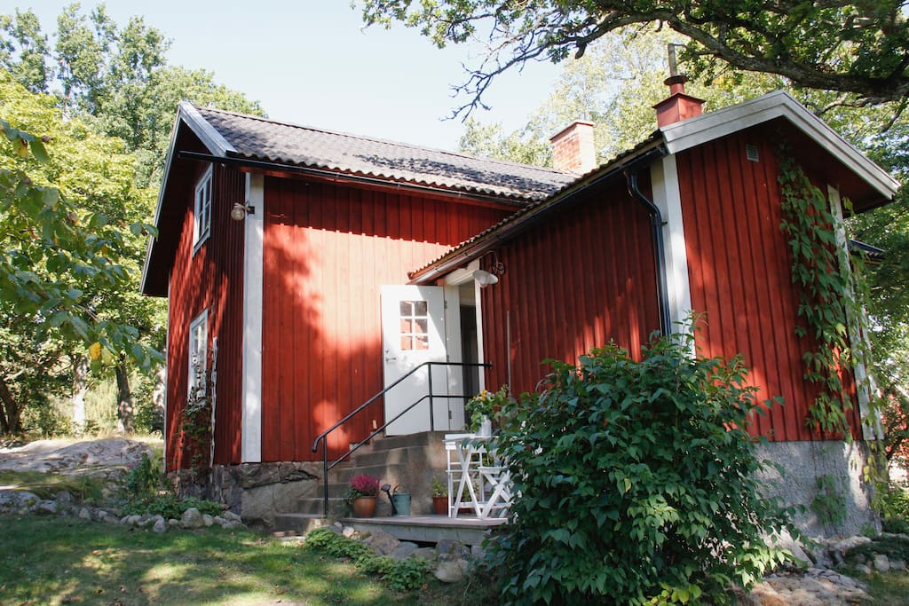 Welcome to stay in our guesthouse on our organic farm!