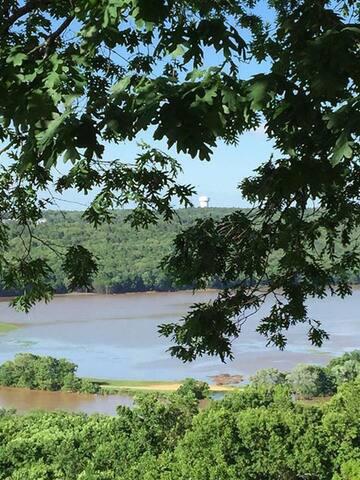 River View Escape