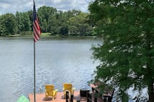Feel free to relax on the dock, a great spot for morning coffee or evening cocktails.