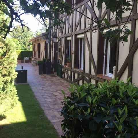 Appartement et jardin - Wassy