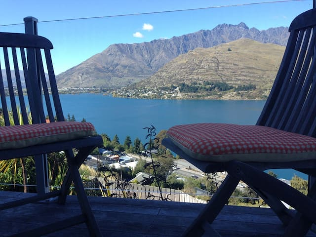 Twin Lakes - Spectacular Views - Queenstown - Dom
