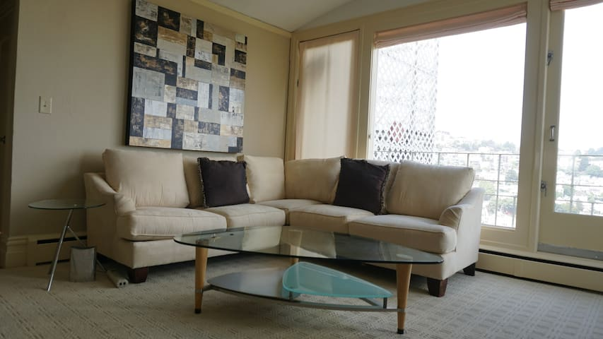 Fully Furnished 1BR Apartment w/ View 77