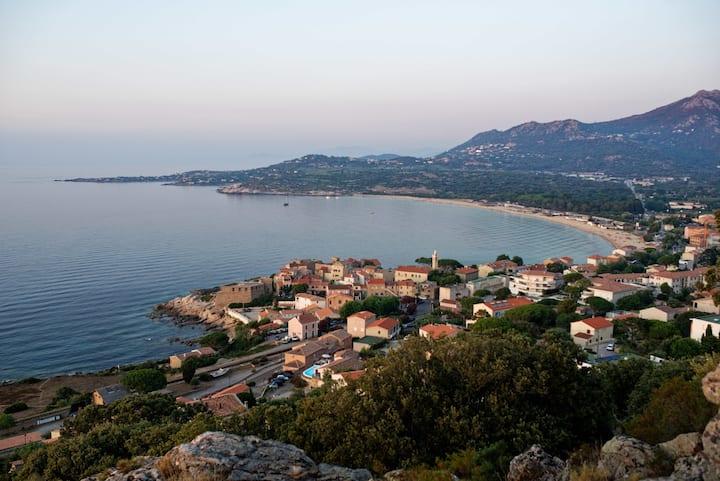 Rez de villa avec vue mer spectaculaire