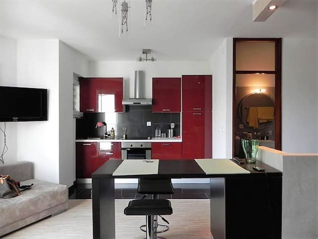 Fully furnished 1,5 studio apartment in Paradiso. - Paradiso - Leilighet