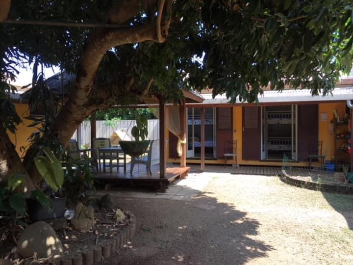 Hostel de Robinson chambre jaune