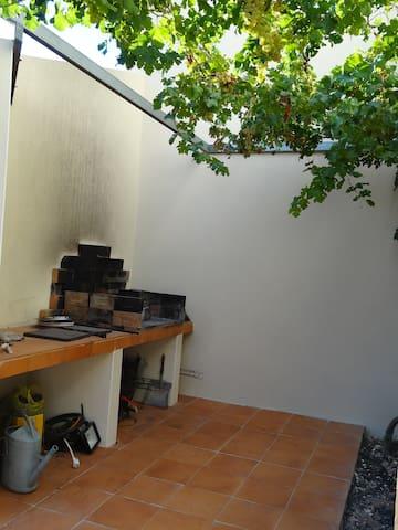 Villa familiale pour des vacances en bord de mer - La Palme - Villa