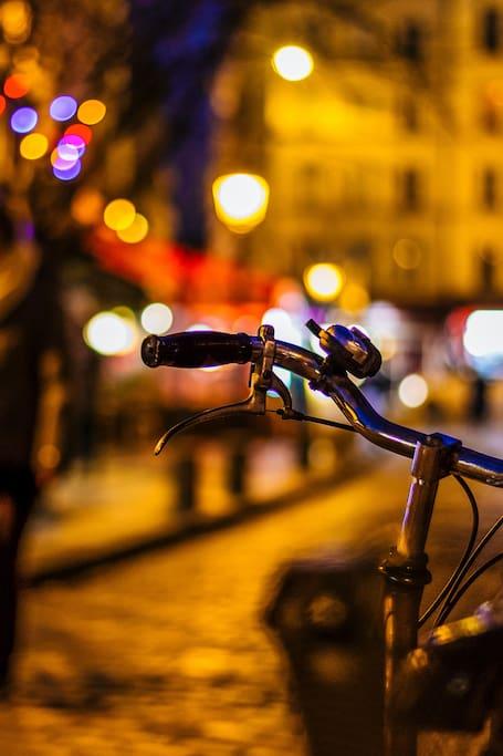光彩巴黎日落骑行游