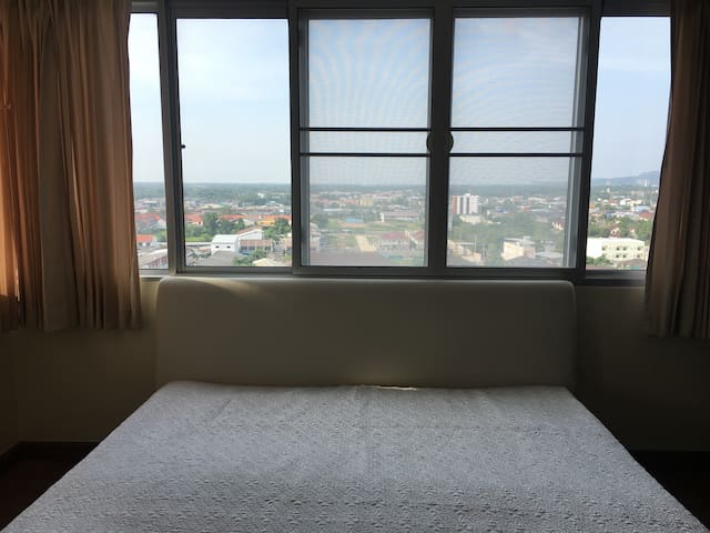 Big room in a great area of Hatyai - Hat Yai - Apartemen