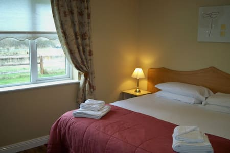 Robertstown Self Catering Cottage - sleeps up to 5
