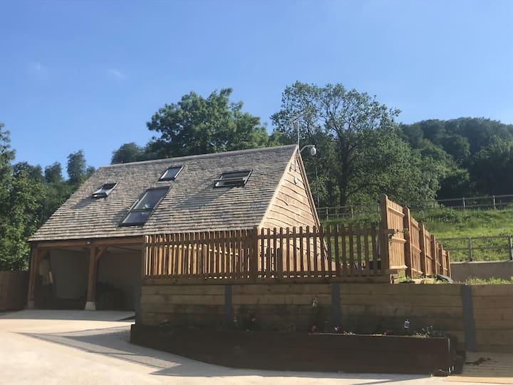 Cuckoo Penn Lodge Luxury Cotswold Retreat