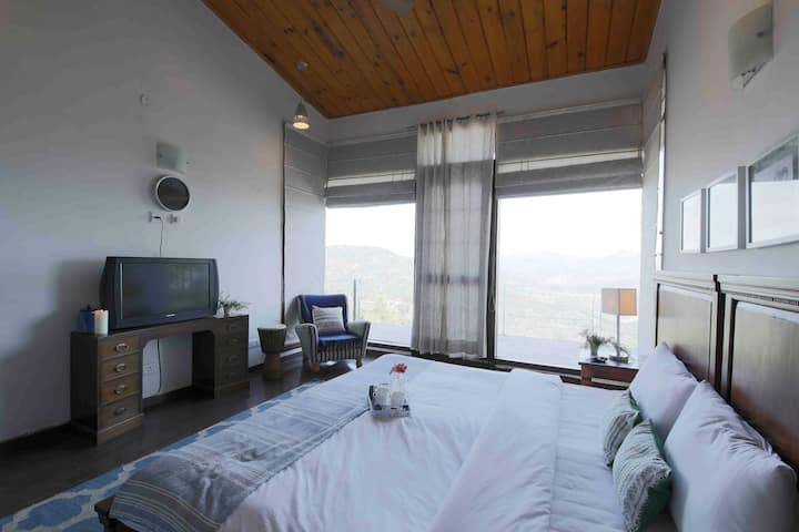 Seclude Kasauli-Starry Starry Nights(Private Room)