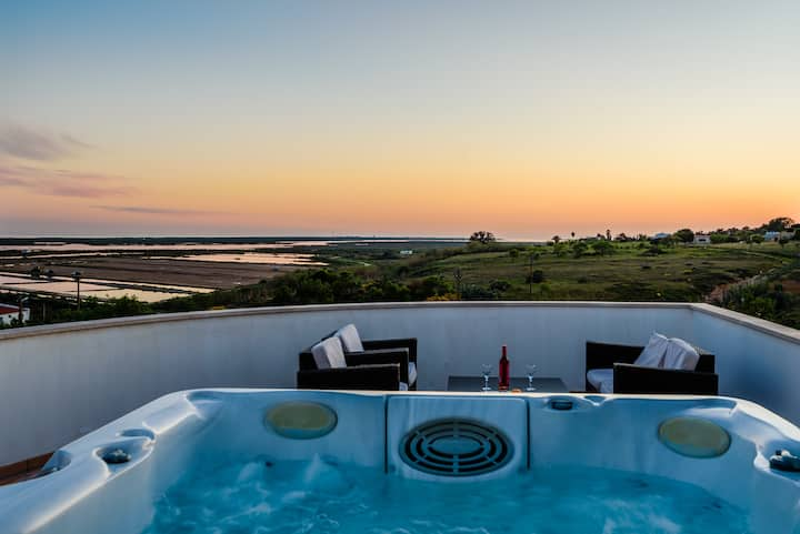 VILLA JOLY FUSETA BEACH WITH JACUZZI AND SEA VIEW