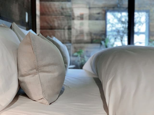 Dry-cleaned fresh bed linens