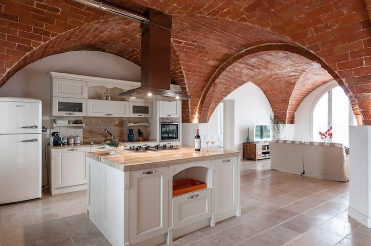 Kitchen in Amedeo Modigliani on the ground floor
