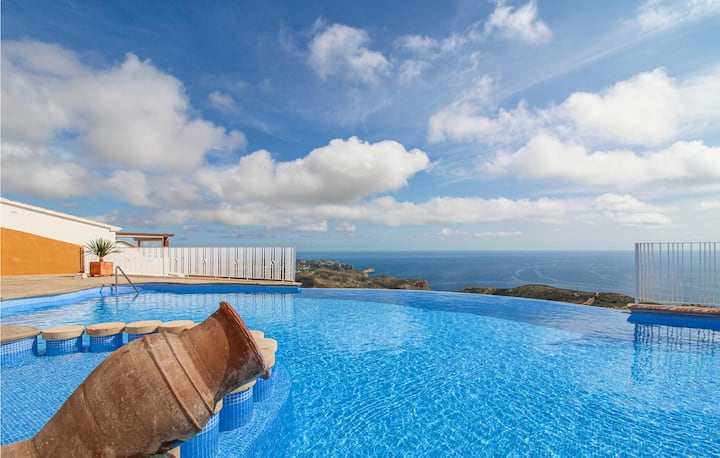 Stunning home in Benitachell/Cumbre del with Outdoor swimming pool, WiFi and 2 Bedrooms