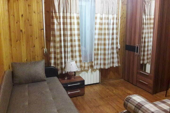 Комната 8 (на 2-3-х человек)