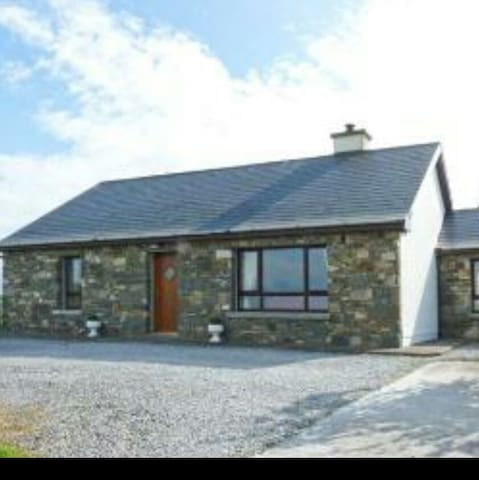Court Farm Cottage on the Shannon Estuary - Glin - Ξυλόσπιτο
