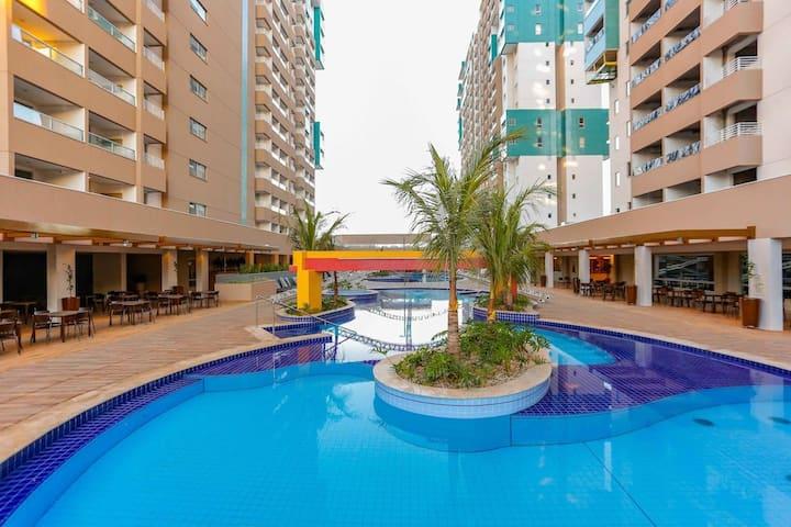 Apartamento em Resort! Localização estratégica!
