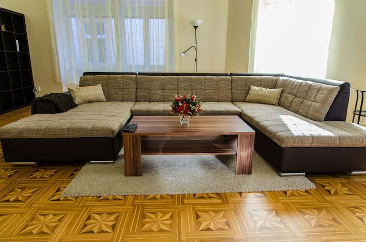 Luxury spacious apartment in centre - Košice - Pis