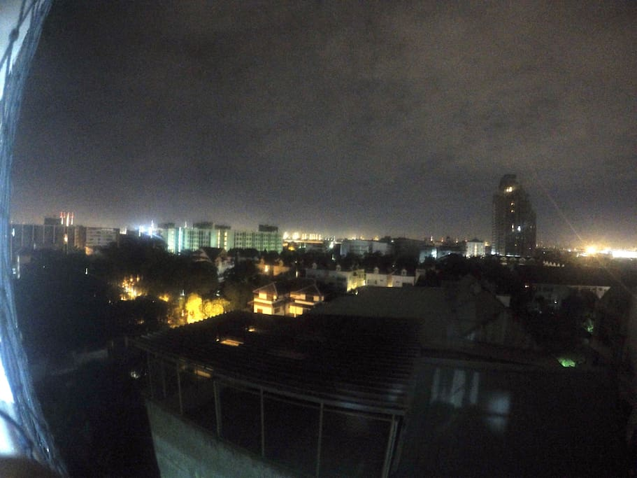 Let's see ! Nice view  of BKK night  at the balcony
