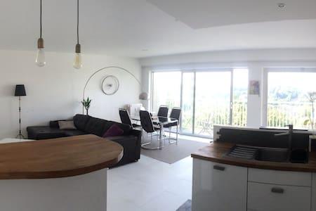 Sunny & Delightful 95m2 apartment! - Lakás
