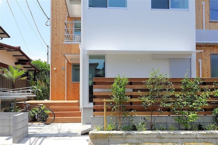[Twin Room] NEW House. 1 MIN Beach. Enjoy Enoshima - Fujisawa-shi - Albergue