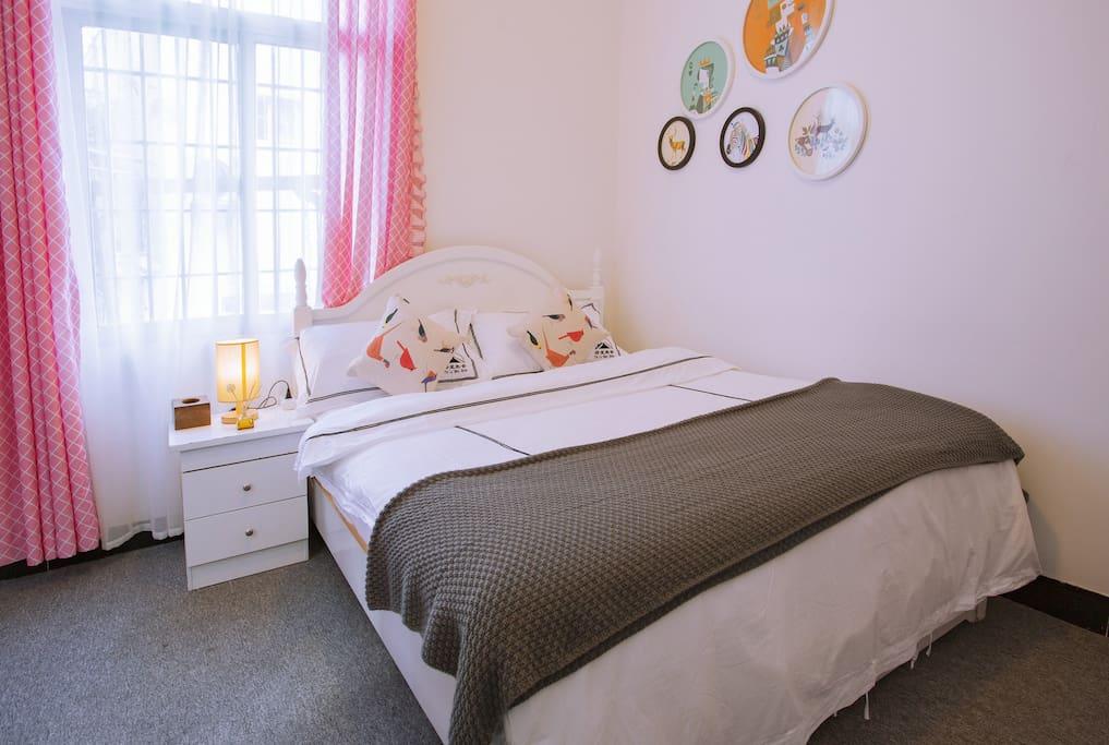 干净卫生的卧室206
