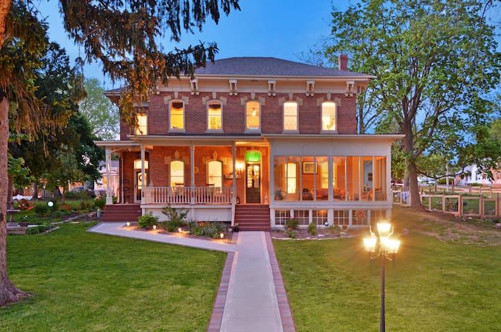 Copeland Guest House