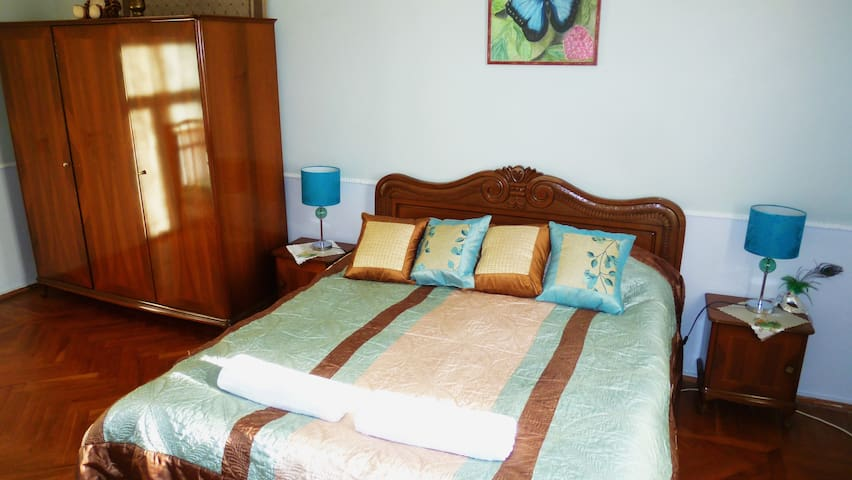 Guesthouse Uliana lux apartment with bathroom