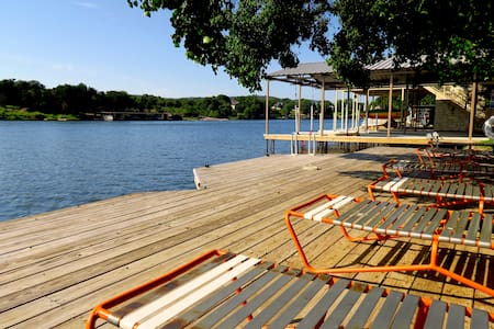 Luxury 5 Bedroom Open Waterfront Home