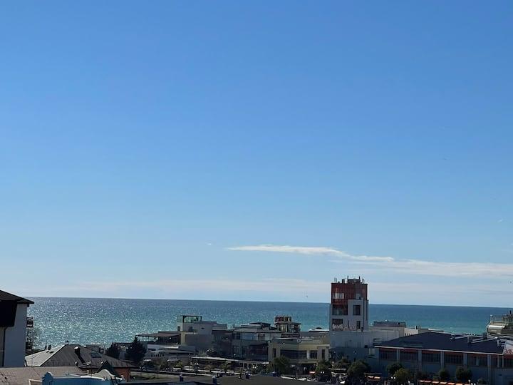 1 ком.квартира в центре  Адлера с видом на море