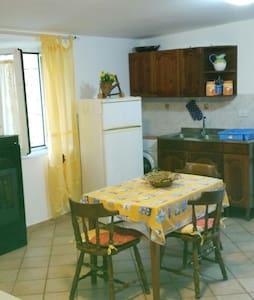 Delizioso mini appartamento, a due passi da Roma. - Prato Rinaldo