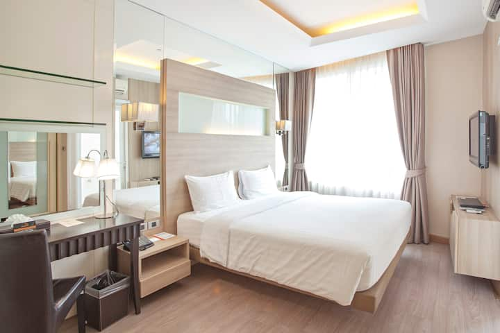 Comfort Bedroom near BTS Phrom Phong&Sukhumvit Rd.