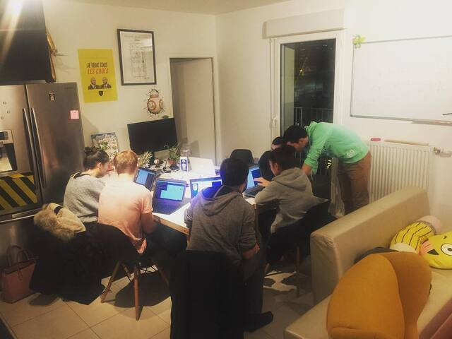 HackerHouse Paris - Shared Room