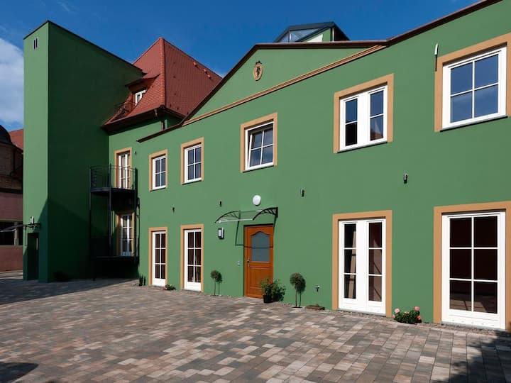Hotel Belle Vue, Garni (Volkach), Deluxe Suite für 3 Personen