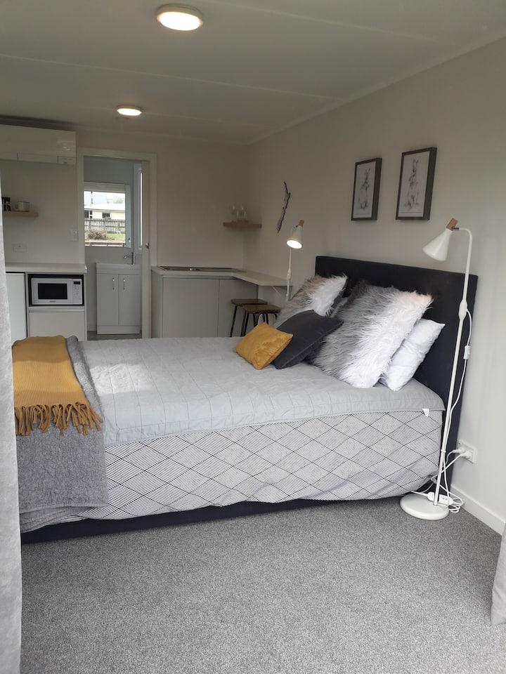 Rabbiter's Retreat Apartment