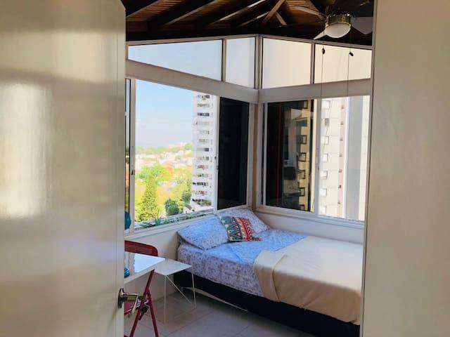 Hermosa habitación con espectacular vista Cabecera