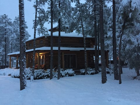 *Remodeled* Six Pines Lodge