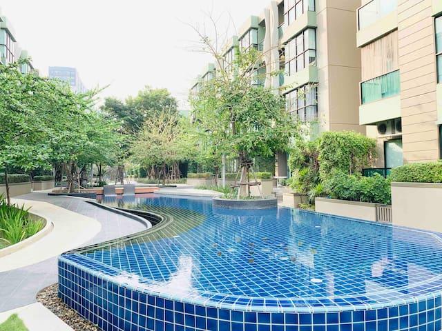 Swimming Pool View LPN Park Beach @ Cha-am Beach