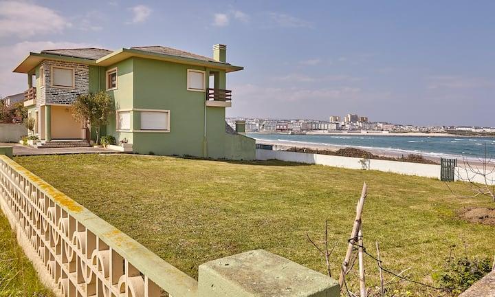 Casa - Chalet en 1ª linea de playa - Playa Altar