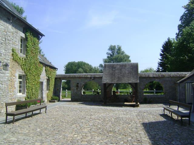 Gîte au Manoir de la Rochette