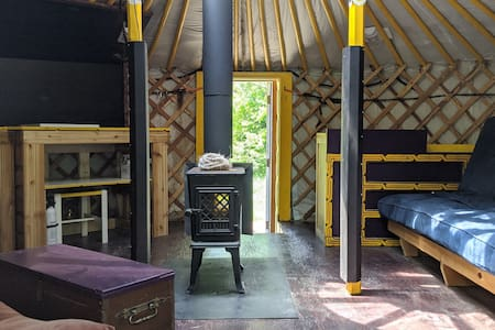 "ReLive Yurt Cabin ""YELLOW"""