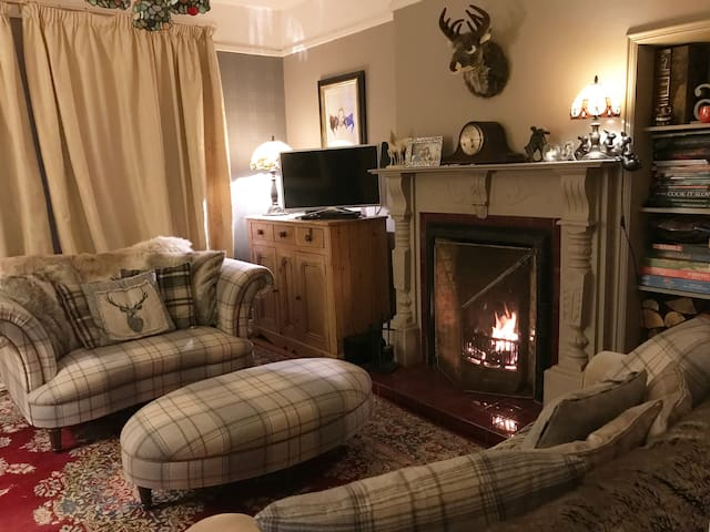 Charlie's Cottage Two Callander