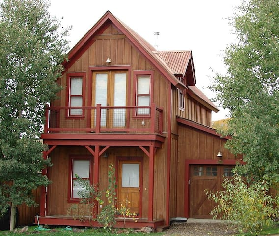 Great 3 Bedroom in Pitchfork! 5th night free! On shuttle route! - Crested Butte - Apartamento