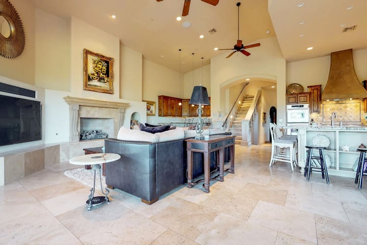 Luxury Scottsdale home on 1.25 acres with a private pool, spa, and home theater!